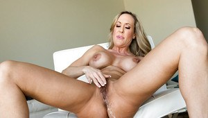 Squirting Moms Porn