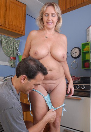 Moms In Kitchen Porn